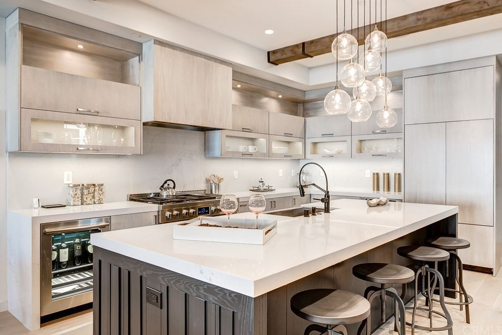 Huntington.Beach.Modern.Kitchen